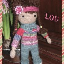 Lou, petite poupée au crochet