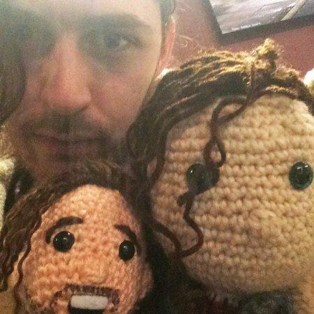 Hozier et ses poupées