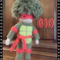Gio, petit bonhomme au crochet