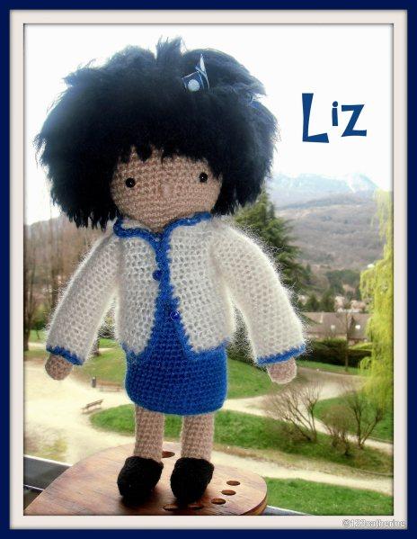 Liz petite poupée au crochet