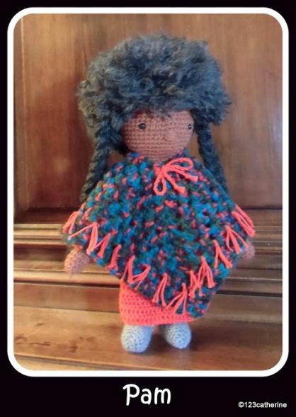 Pam, petite poupée au crochet